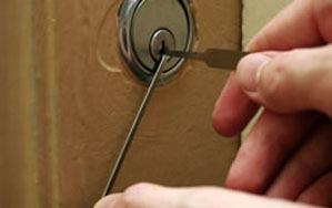 Door locks Warrington